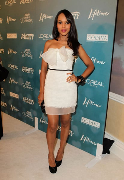 Kerry Washington gave a gorgeous white dress a dash of cool via black accents.