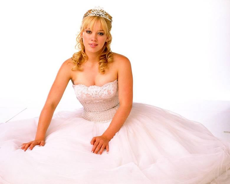 She Played a Princess in A Cinderella Story | Hilary Duff ...