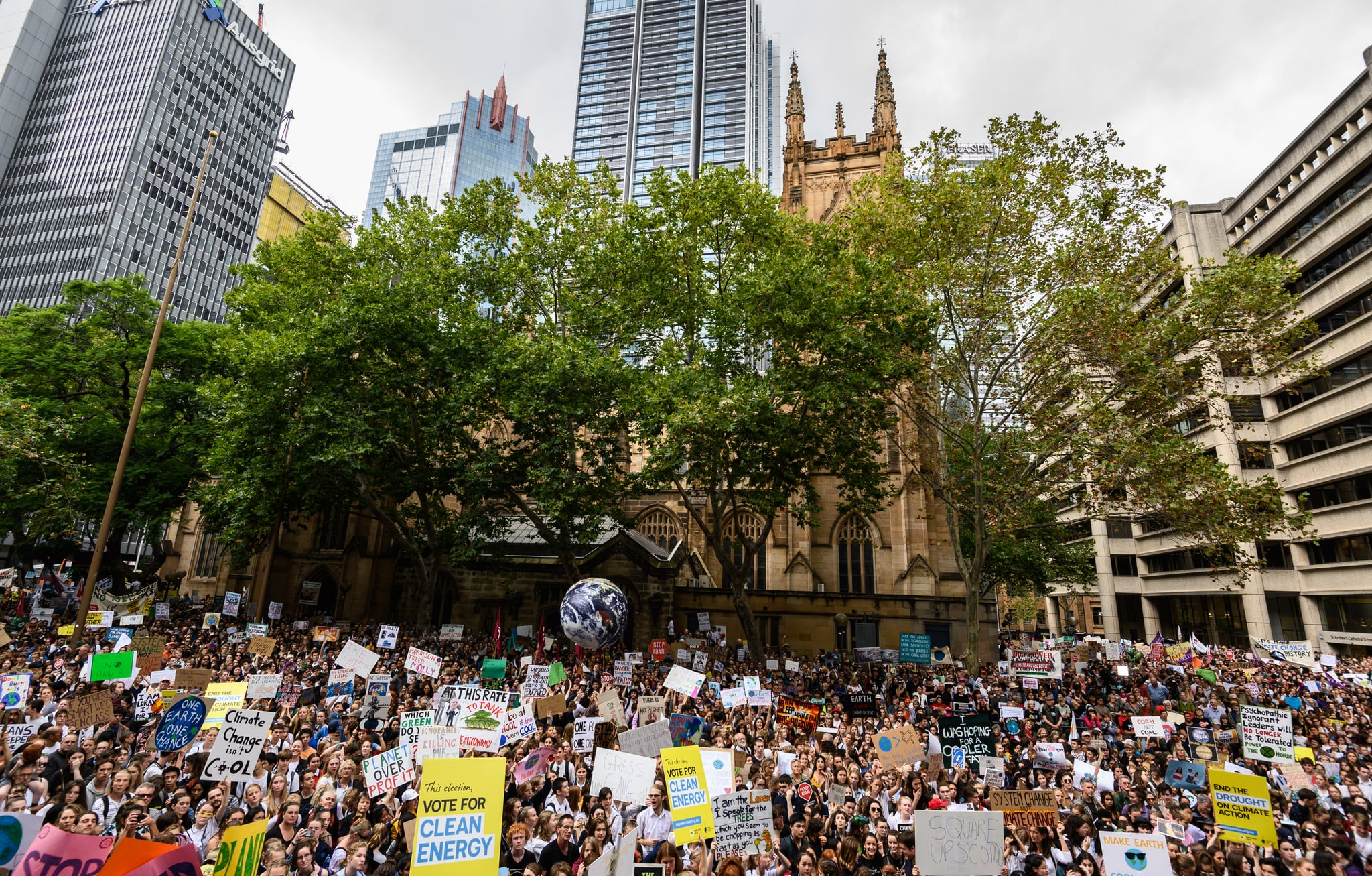 SYDNEY, AUSTRALIA - MARCH 15: Protesters during a Climate Change Awareness March on March 15, 2019 outside Sydney Town Hall, Australia. The protests are part of a global climate strike, urging politicians to take urgent action on climate change.  (Photo by James Gourley/Getty Images)