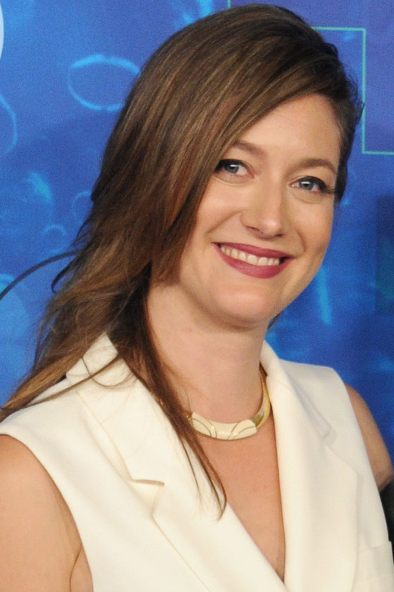 Zoe Perry The Big Bang Theory S Prequel Is A Go