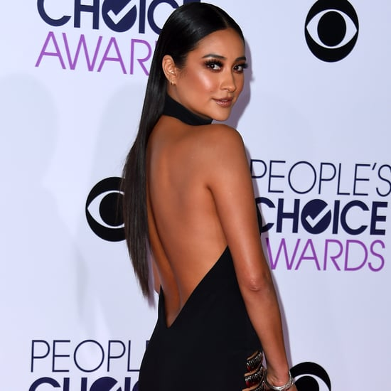 Pretty Little Liars Style at the People's Choice Awards 2016