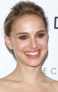 How to Get Natalie Portman's Lipstick Look 2009-11-24 11:10:20