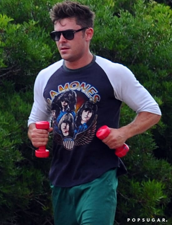Zac Efron Working Out in Italy | Pictures