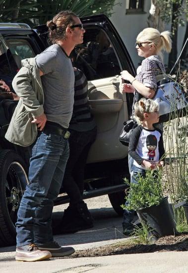 Pictures of Gwen Stefani, Gavin Rossdale, Zuma Rossdale, and Kingston Rossdale on Super Bowl Sunday in LA