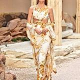 This Dress Resembled a Golden Wreath