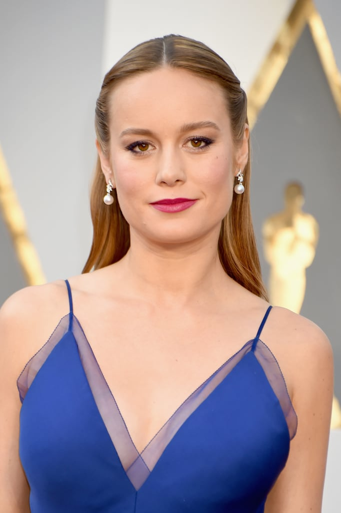 Brie Larson Sexy Pictures