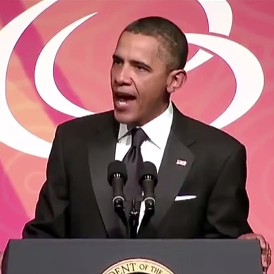 """President Obama Sings Taylor Swift's """"Shake It Off"""" 