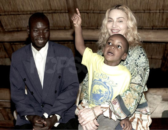 Photo of Madonna and Son David Banda Meeting With His Biological Father Yohane in Malawi