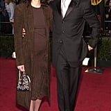 Julia arrived at the 2001 SAG Awards with her then-boyfriend Benjamin Bratt. She wore a brown suede jacket over a lace skirt and completed the outfit with delicate sandals and an embroidered purse.