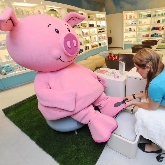Percy Pig Gets a Pedicure | Cute Photos