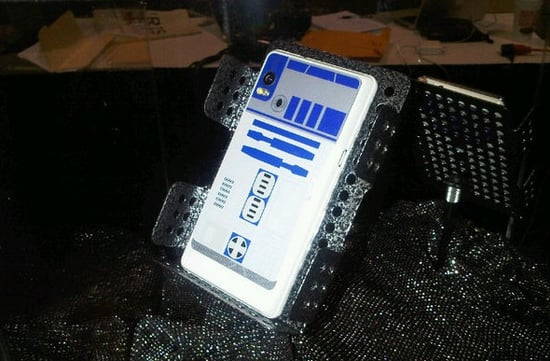Pictures of the Droid R2D2 Edition and PSP Phone