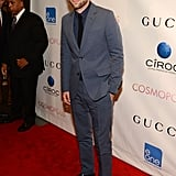 Robert Pattinson made a handsome red carpet return, his first public outing since the Kristen Stewart scandal, at the NYC premiere of Cosmopolis on Aug. 13.