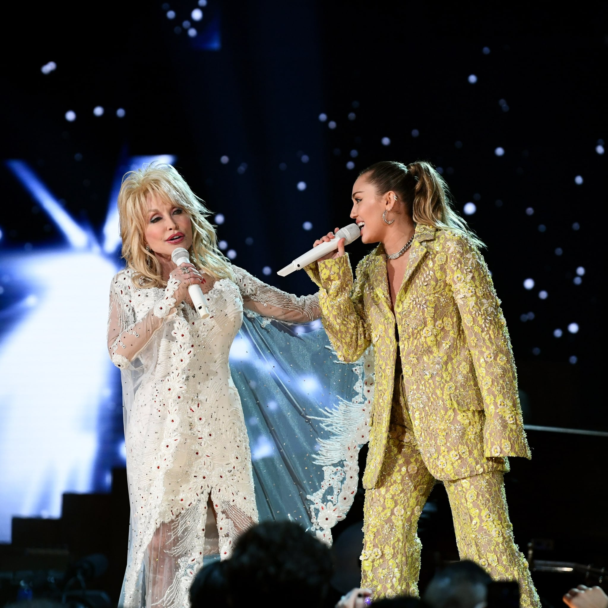 Miley Cyrus Covers Of Jolene By Dolly Parton Popsugar Entertainment