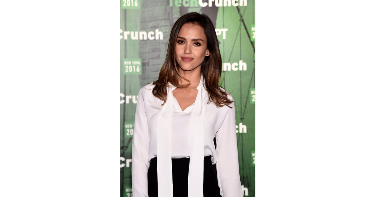 01c9bb28e6 Jessica Alba Wears White Blouse and Pencil Skirt May 2016 | POPSUGAR Latina  Photo 5