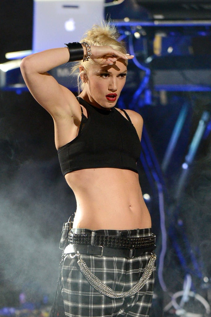 Gwen Stefani showed off her abs in a cutoff shirt for the NFL Kickoff concert at Rockefeller Center.