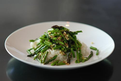 Yummy Link: Asparagus with Mustard Seeds and Ginger