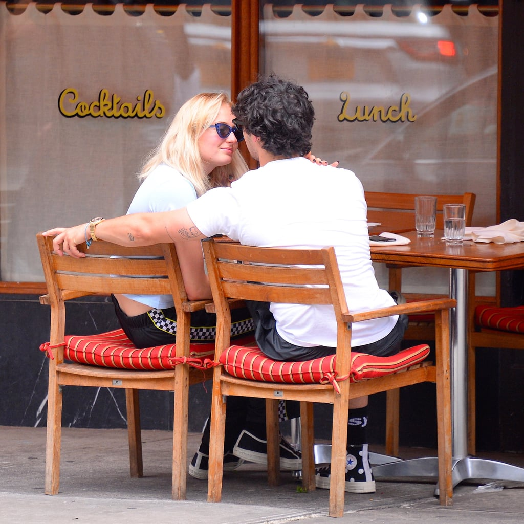 Sophie Turner and Joe Jonas Kiss in New York | August 2018