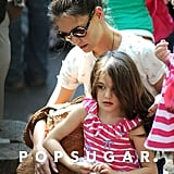 Suri Cruise fed the animals at the zoo with Katie Holmes.