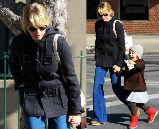 Photo of Michelle Williams and Matilda Ledger Out For a Walk in Brooklyn 2009-03-06 14:00:03