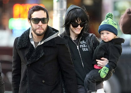 Ashlee Simpson,Pete Wentz and Bronx out and about