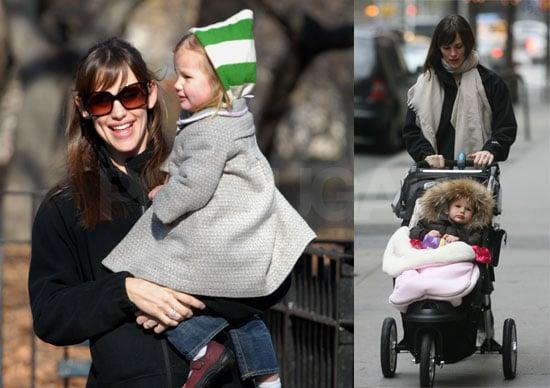 Jennifer Garner and Violet Affleck in New York
