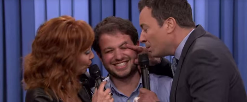 Reba McEntire Hilariously Gets Way Too Close to a Fan During Her First Postsplit Appearance