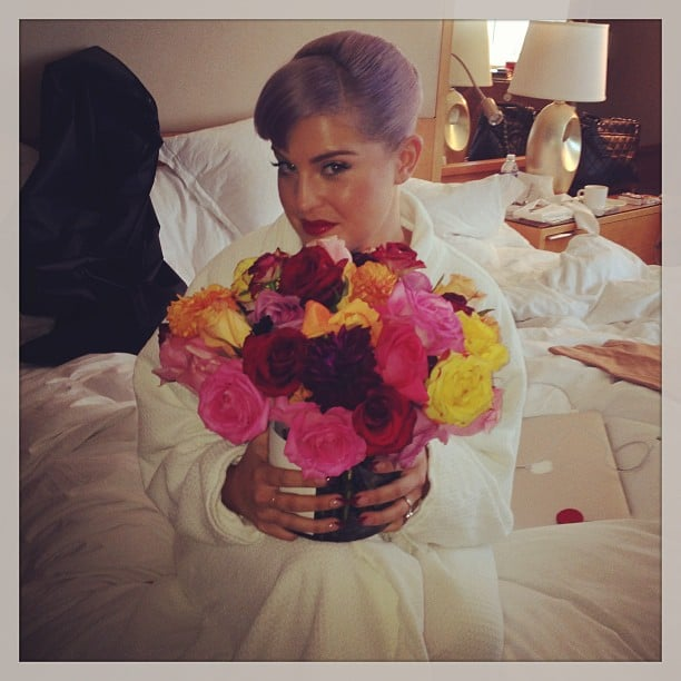 Kelly Osbourne got a special flower delivery while prepping in her hotel room before the red carpet. Source: Instagram user kellyosbourne