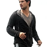 Taylor Lautner continued working on the set of Tracers in NYC on Wednesday.