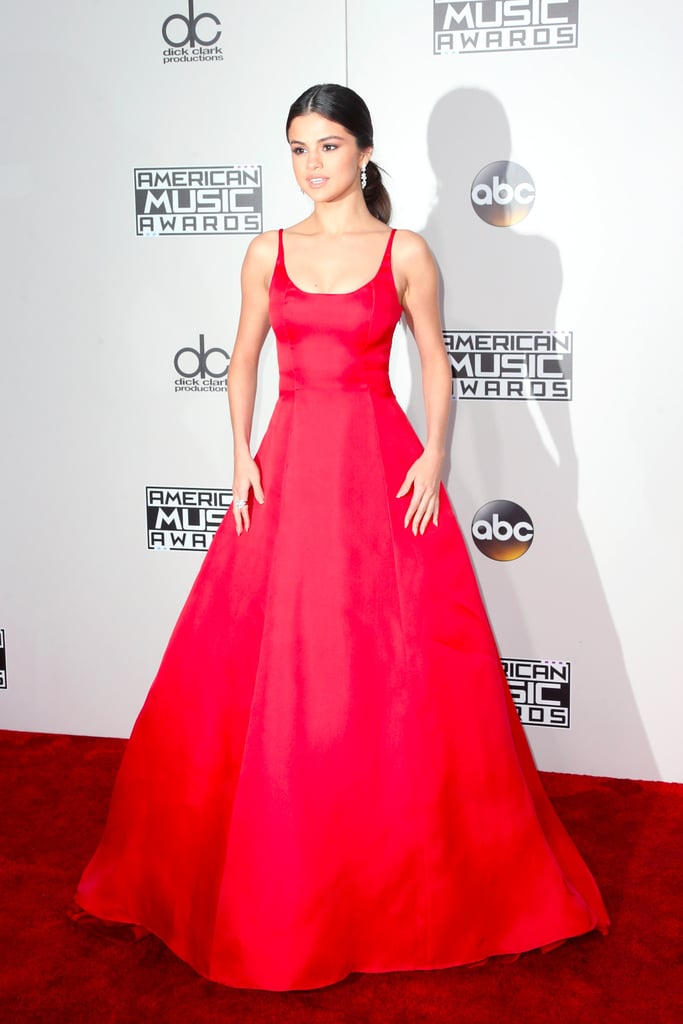 Selena Gomez Threw It Way Back in Her Red AMAs Gown