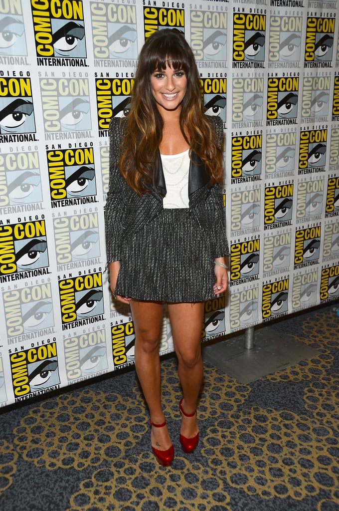 Styling a tweed pairing with Dorothy-approved pumps, Michele was all smiles hitting the press room at Comic-Con in 2012.