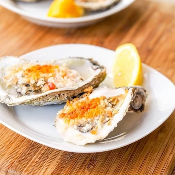Broiled Oysters With Spicy Mayo Panko Sauce