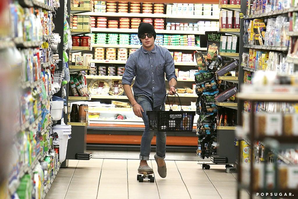 Zac Efron Skateboards Through Grocery Store | Photos