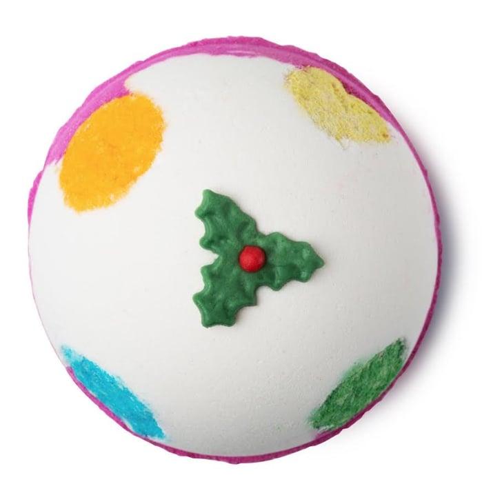 Christmas Bath Bombs Lush.Lush Holiday Bath Bombs 2016 Popsugar Beauty