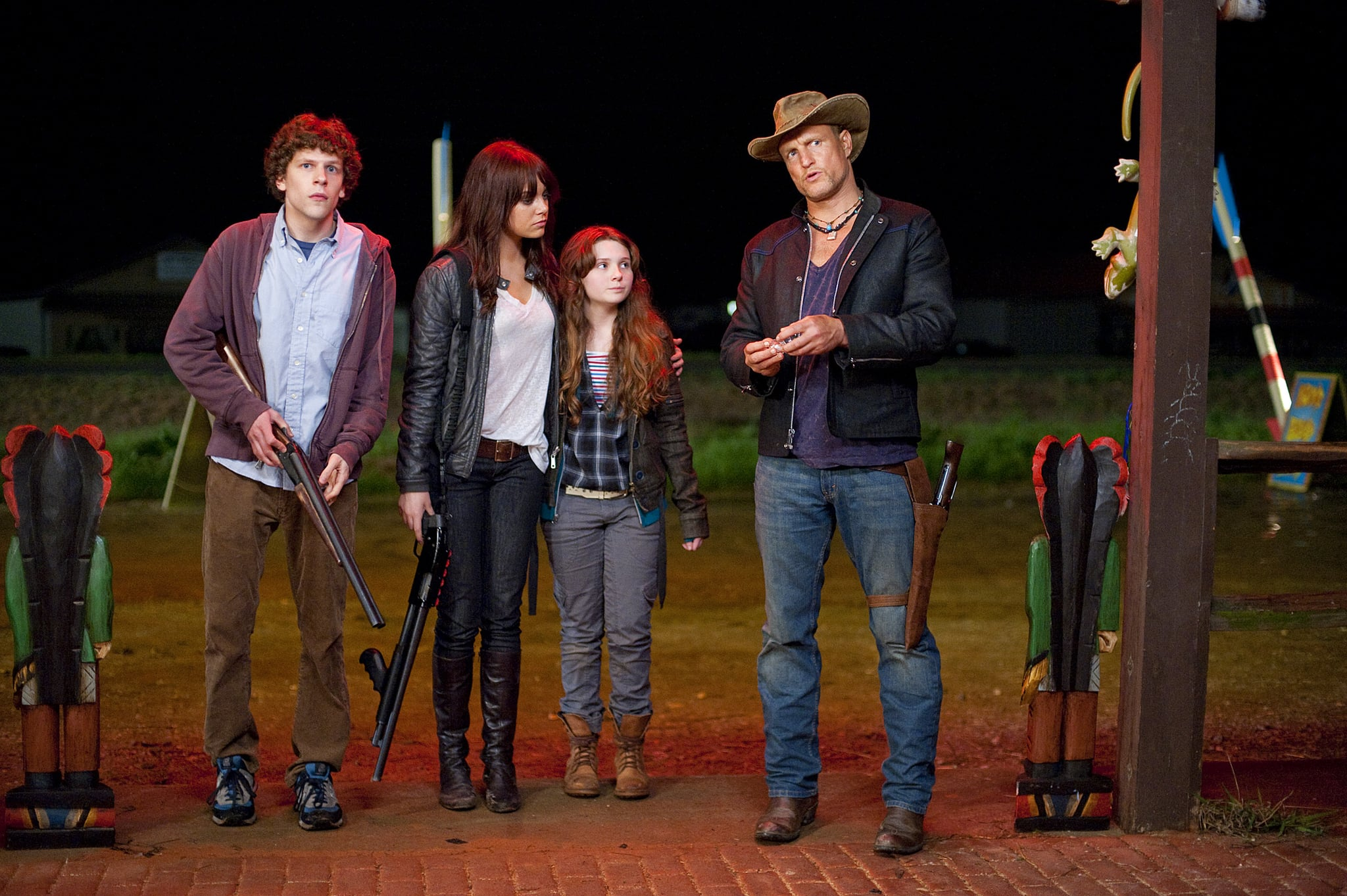 ZOMBIELAND, from left: Jesse Eisenberg, Emma Stone, Abigail Breslin, Woody Harrelson, 2009. Ph: Glen Wilson/Columbia Pictures/Courtesy Everett Collection