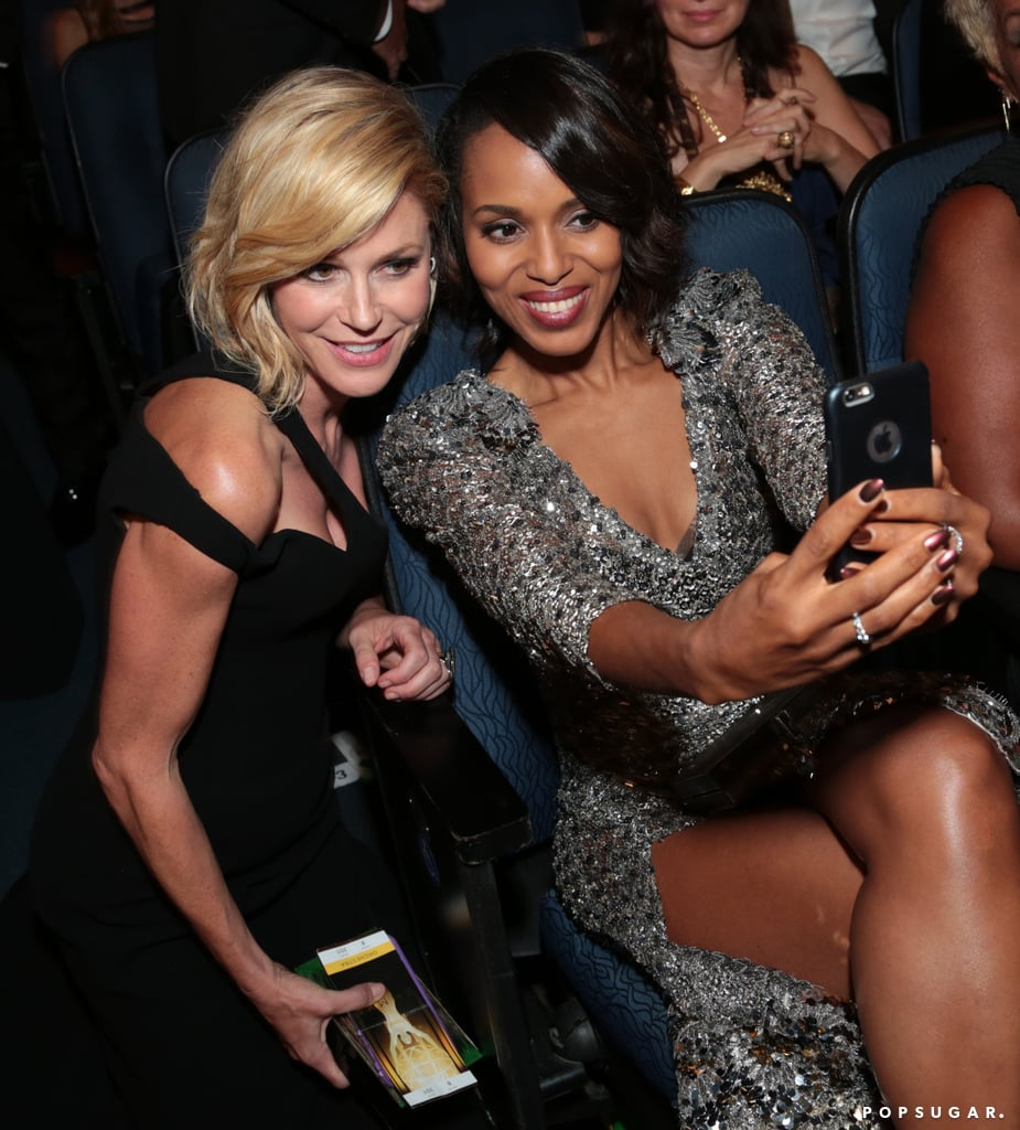 Kerry posed for a picture with Modern Family's Julie Bowen at the show.