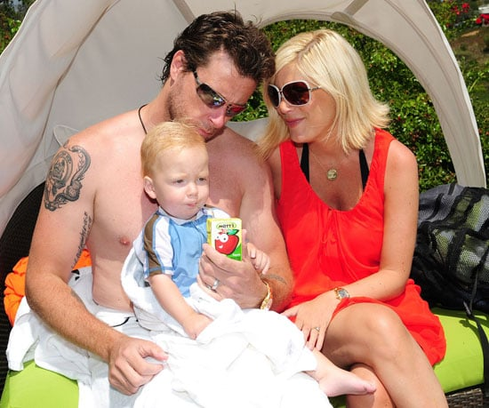 Tori Spelling Talks Family and Beverly Hills 90210