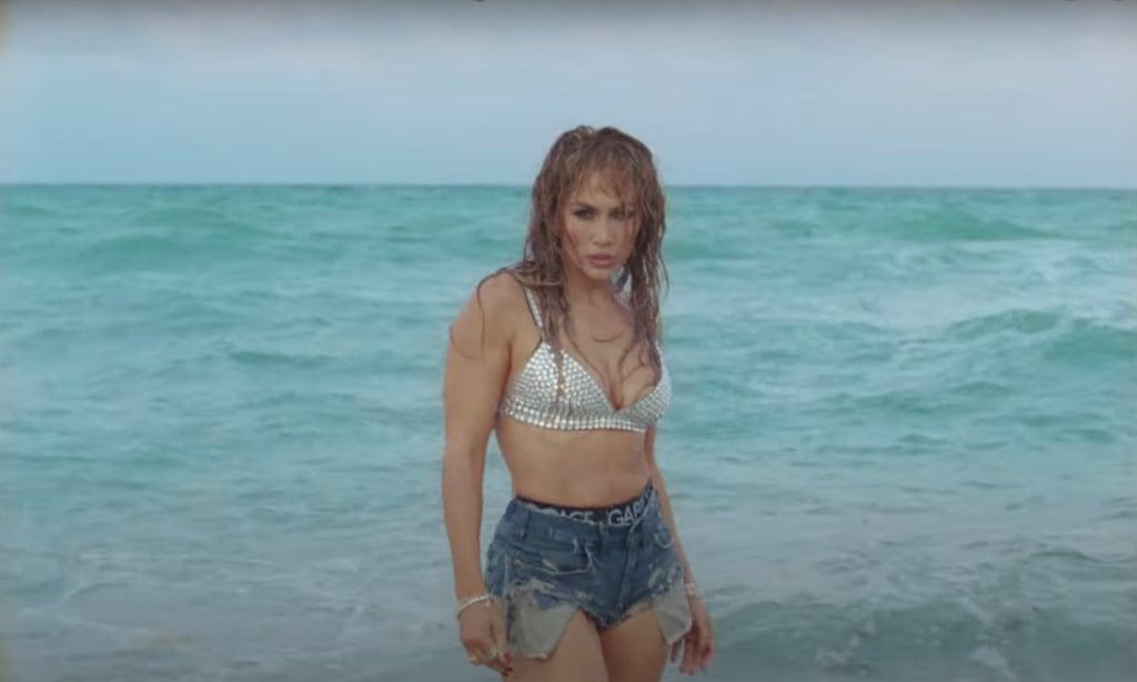 """Jennifer Lopez's Rhinestone Bikini in """"Cambia el Paso"""" Video"""