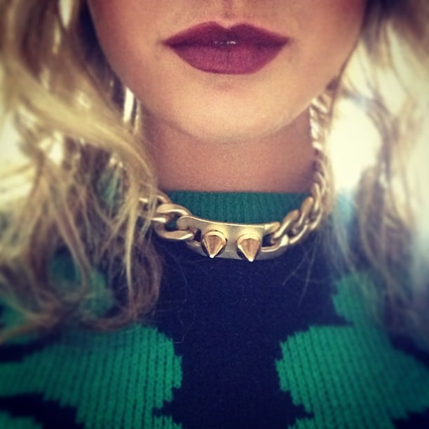 Jesinta Campbell showed off some seriously cool details — between the cool jumper, tough necklace and sexy berry pout, we can't decide what's best! Source: Instagram user jesinta_campbell