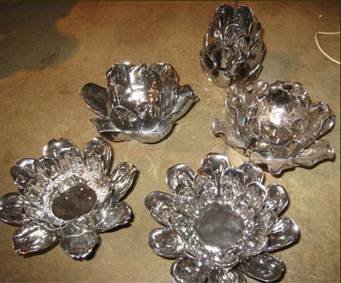 Steal of the Day: Silver Porcelain Flower Tea Light Holder