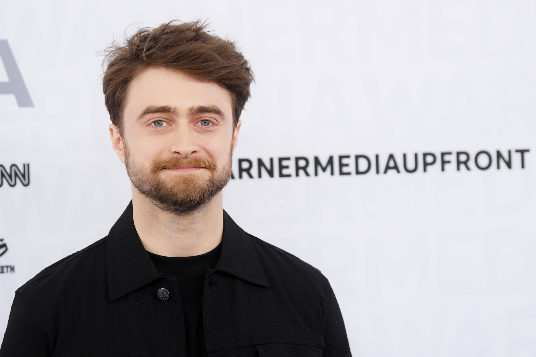 NEW YORK, NEW YORK - MAY 15: Daniel Radcliffe of TBS's Miracle Workers attends the WarnerMedia Upfront 2019 arrivals on the red carpet at The Theatre at Madison Square Garden on May 15, 2019 in New York City. 602140 (Photo by Dimitrios Kambouris/Getty Images for WarnerMedia)