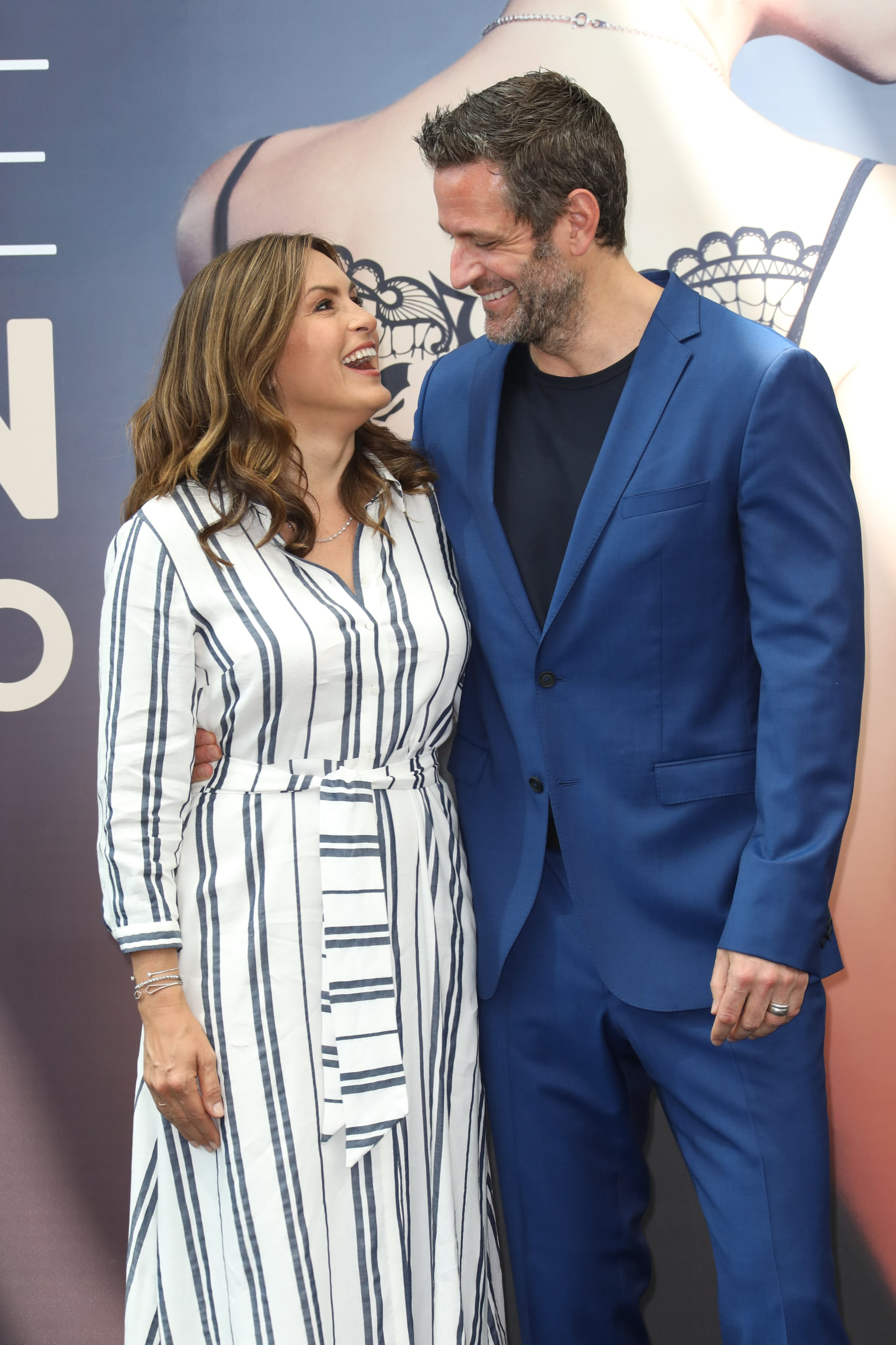 MONTE-CARLO, MONACO - JUNE 17:  Mariska Hargitay from the serie 'Law & Order : SVU' and Peter Hermann attend a photocall during the 58th Monte Carlo TV Festival on June 17, 2018 in Monte-Carlo, Monaco.  (Photo by Tony Barson/FilmMagic)