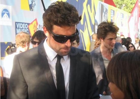 Celebrity Sighting: A Tragic Tale of Robert Pattinson!