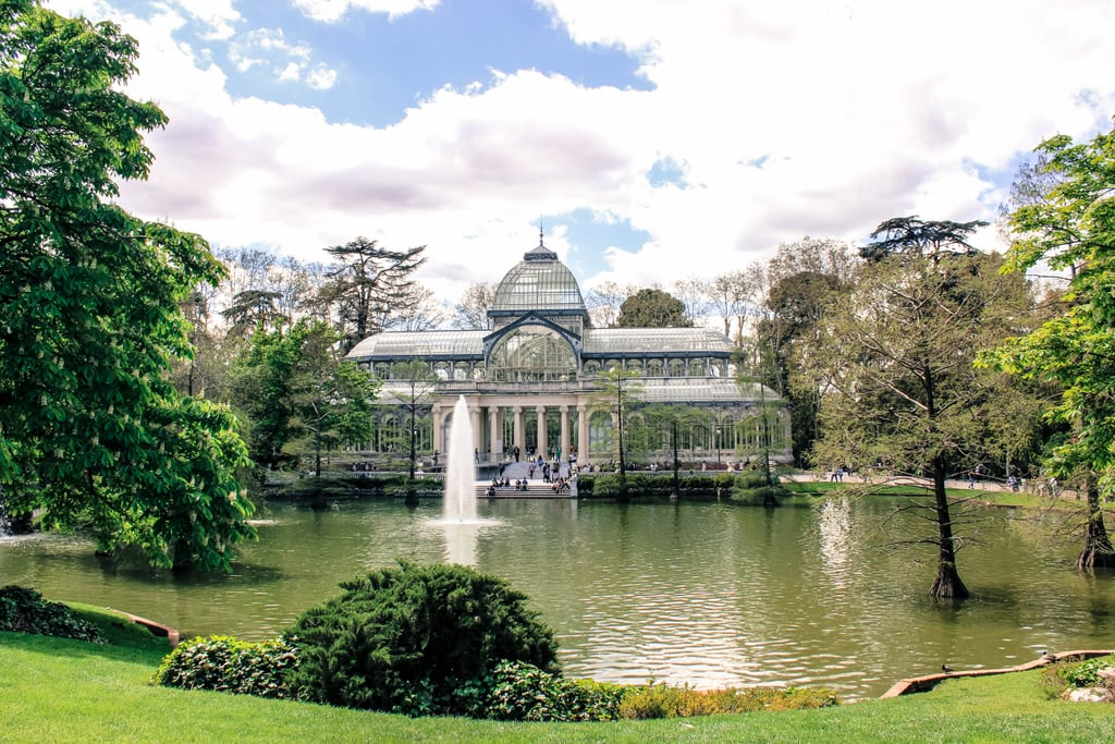 Another can't-miss attraction in the park is the Palacio de Cristal. This palace was originally built in 1887 and is made almost entirely of glass and metal. In other words, it is absolutely breathtaking.