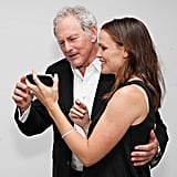 Jennifer Garner showed Victor Garber photos from her iPhone.
