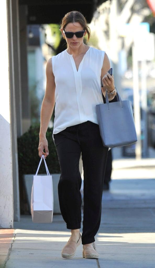 Jennifer Garner Out in LA August 2016