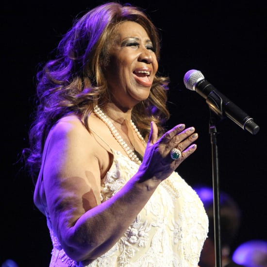 "Aretha Franklin Covers Adele's ""Rolling in the Deep"" 