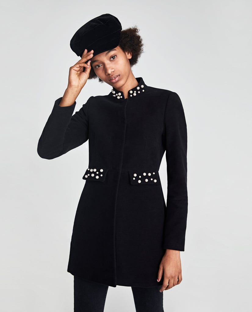 معطف مولسكن المزركش بحبّات اللؤلؤ من علامة Zara