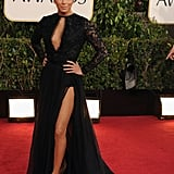 Eva Longoria stunned the shutterbugs with her leggy look.