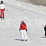Kate Middleton followed her mother, Carole Middleton, down the mountain while vacationing in France.