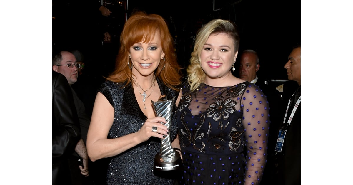 Reba McEntire and Kelly Clarkson   Celebrities at the ACM ...